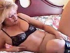 Mature blonde vibes her pussy less boots
