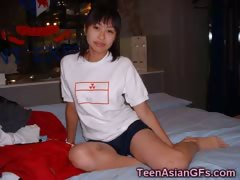 Teenage Korean GFs Naked!