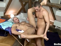 Noxious gay is highly-strung his boyfriends cock while unstoppably fucking him