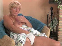 Fat granny pleasures her cunt with a vibrator