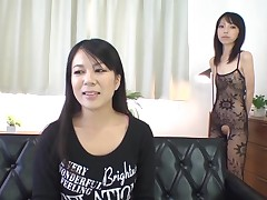 Nasty slut approximately shaved bawdy opening stimulates the brush clitoris in pleasure